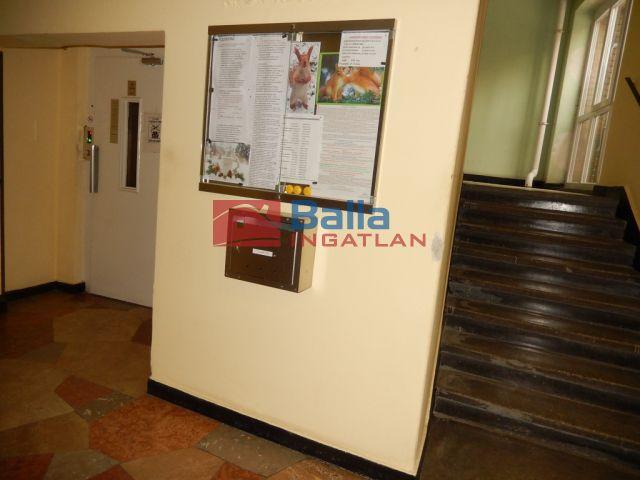 IX. Kerület (Középső Ferencváros (Rehabilitációs terület)) - Üllői út:  60 m²-es társasházi lakás   (36'500'000 ,- Ft)