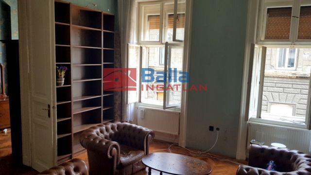 VI. Kerület (Nagykörúton belül) - Paulay Ede utca:  91 m²-es társasházi lakás   (89'700'000 ,- Ft)