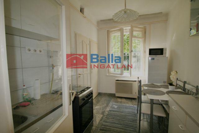 X. Kerület (Gyárdülő) - Szárnyas utca:  37 m²-es társasházi lakás   (23'500'000 ,- Ft)