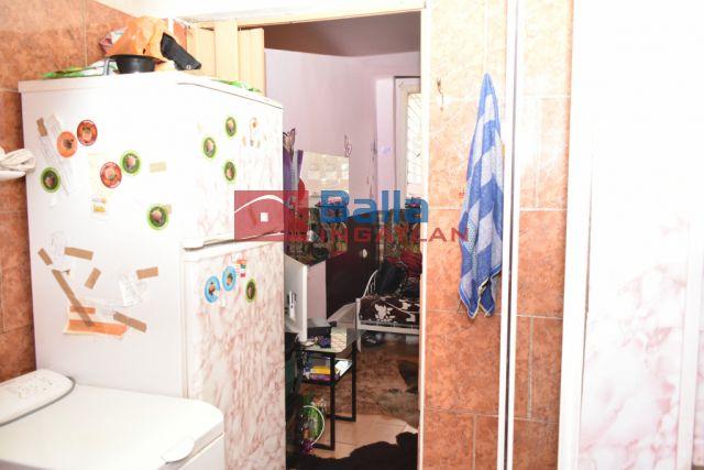 XX. Kerület (Kossuthfalva) - Lázár utca közelében:  12 m²-es társasházi lakás   (11'500'000 ,- Ft)