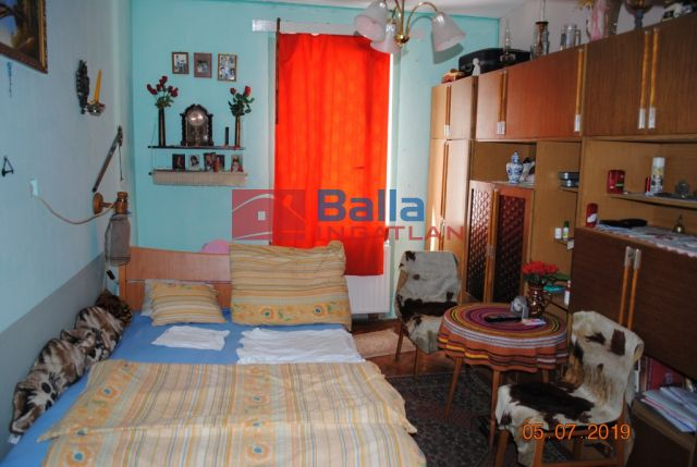 Sopron - Belvárost közeli utca:  78 m²-es társasházi lakás   (28'000'000 ,- Ft)
