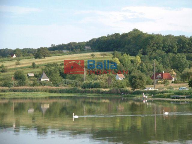 Csepreg - Horgásztó közelében utca:  3000 m²-es telek   (3'950'000 ,- Ft)