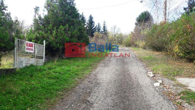 Kisecset - Kisecset:  816 m²-es telek   (1'000'000 ,- Ft)