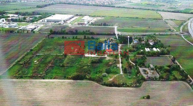 Szeged - Budapesti út:  146960 m²-es telek   (450'000'000 ,- Ft)