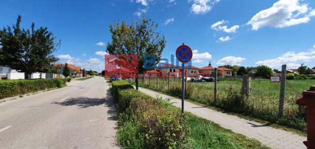 Üllő - Deák Ferenc utca:  1691 m²-es telek   (42'000'000 ,- Ft)