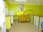 Kiadó 61 m²-es üzlethelyiség utcai bejárattal IX. Kerület (Középső Ferencváros (Rehabilitációs terület)), Üllői út: 120'000 Ft