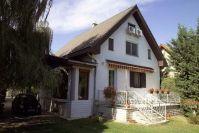 Eladó 180 m²-es családi ház Szigethalom (Városközpont), Önkormányzathoz közeli utca: 32'000'000 Ft