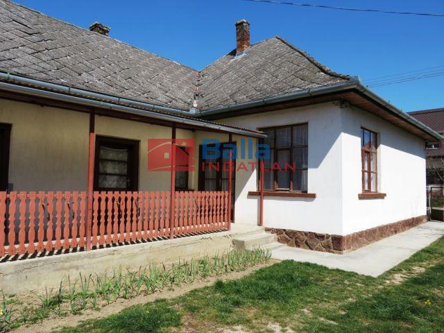 Balatonendréd - Központ:  90 m²-es családi ház   (31'900'000 ,- Ft)