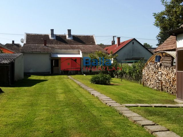 Barcs - Központ közeli utca:  120 m²-es családi ház   (12'500'000 ,- Ft)