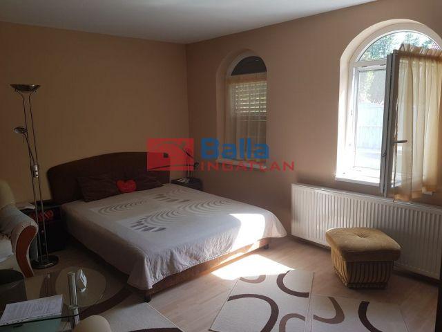 Békéscsaba (Belváros közeli) - Arany utca:  46 m²-es családi ház   (15'300'000 ,- Ft)