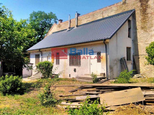 X. Kerület (Óhegy) - Gergely utca:  60 m²-es családi ház   (46'500'000 ,- Ft)