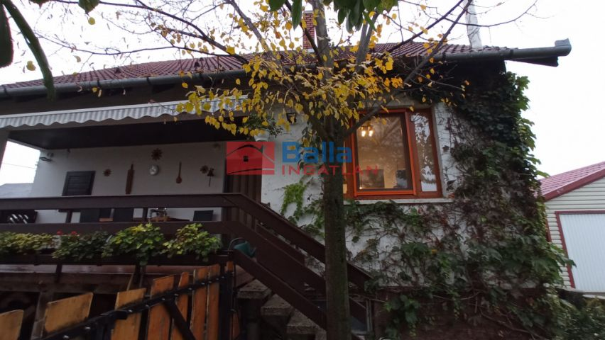 Dány - Zöld utca környéki utca:  98 m²-es családi ház   (44'800'000 ,- Ft)