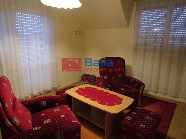 Diósd (Diósdliget) - Homokbánya utca közeli, csendes utca:  25 m²-es családi ház   (70'000 ,- Ft)