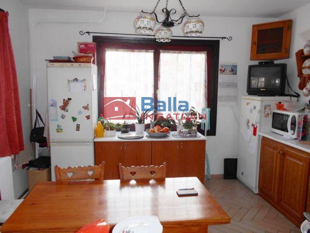 Érd (Dombosváros) - Tárnoki utcáról nyíló utca:  185 m²-es családi ház   (52'900'000 ,- Ft)