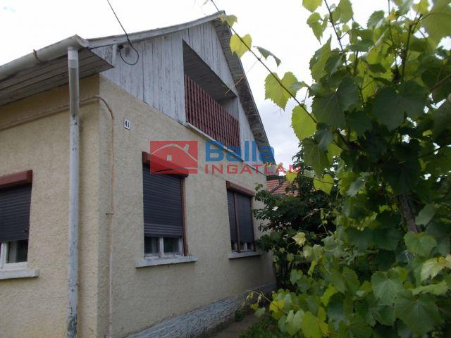 Ózd - Puskás Tivadar utca:  57 m²-es családi ház   (5'500'000 ,- Ft)