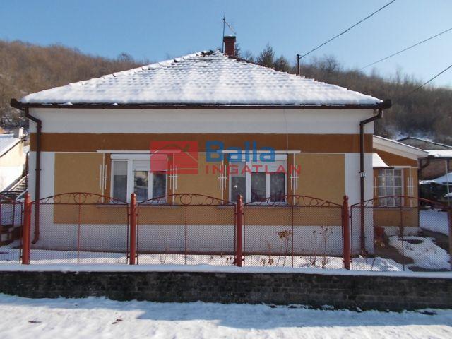 Ózd - Vörösmarty utca:  80 m²-es családi ház   (4'500'000 ,- Ft)