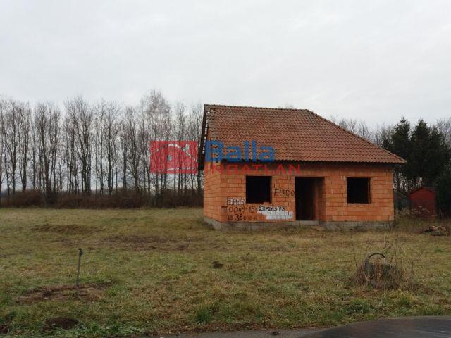 Sajtoskál - Sajtoskál utca:  70 m²-es családi ház   (9'900'000 ,- Ft)