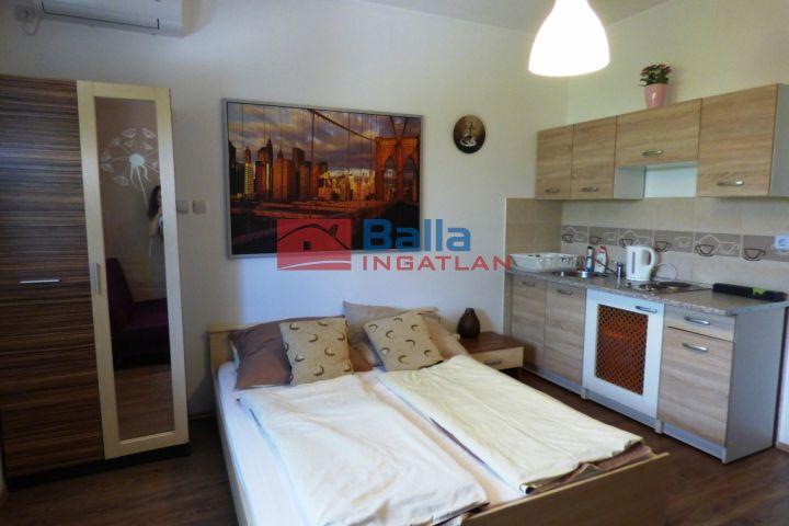 Siófok - Szabadifürdő utca:  125 m²-es családi ház   (79'900'000 ,- Ft)