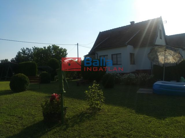 Szalkszentmárton - Csodás  környezetben családi ház eladó:  80 m²-es családi ház   (7'000'000 ,- Ft)
