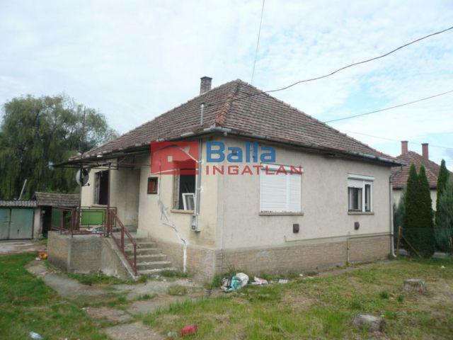 Szirák - Rákóczi utca:  132 m²-es családi ház   (10'350'000 ,- Ft)
