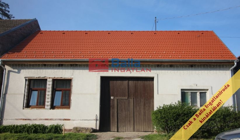 Szokolya - Fő utca utca:  40 m²-es családi ház   (25'000'000 ,- Ft)