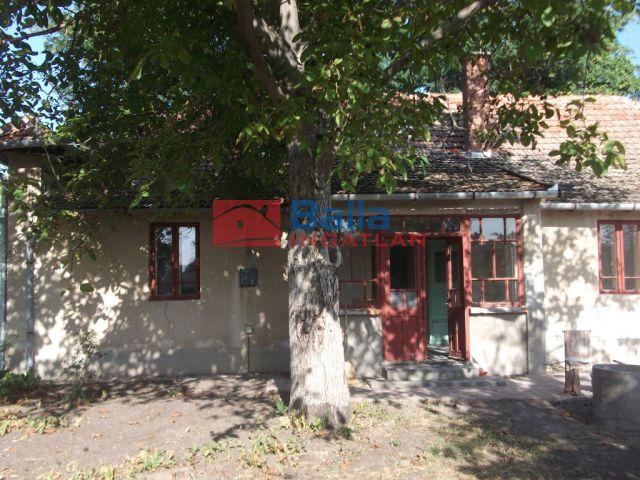 Tiszakécske - Iskola utca:  116 m²-es családi ház   (10'900'000 ,- Ft)