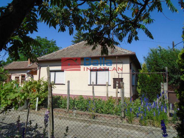 Tiszakécske - Katona József utca:  84 m²-es családi ház   (22'900'000 ,- Ft)