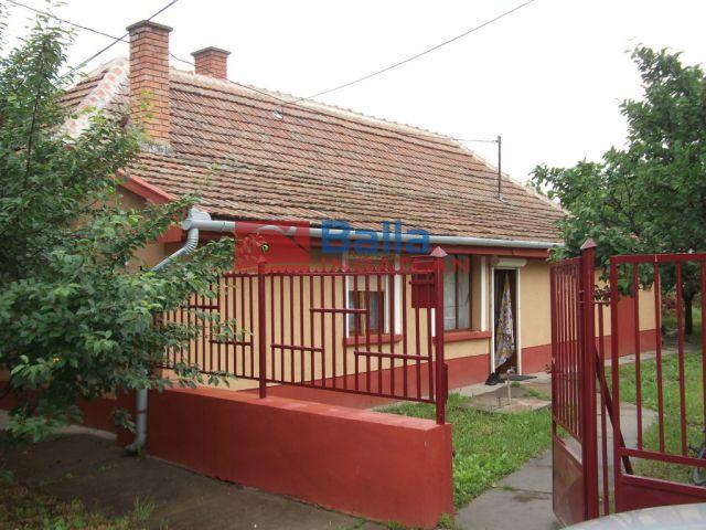Tiszakécske - Pozsony utca:  60 m²-es családi ház   (8'300'000 ,- Ft)