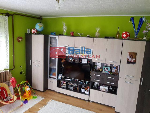 Tompaládony - Csendes utca:  135 m²-es családi ház   (17'200'000 ,- Ft)