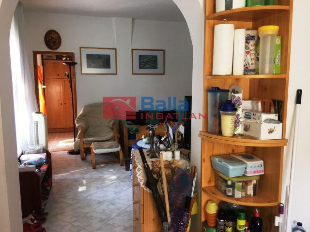 Vác - Vác déli része:  40 m²-es családi ház   (22'900'000 ,- Ft)