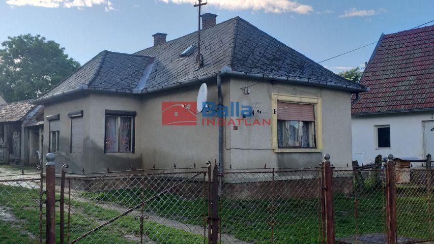 Zalaszentjakab - Petőfi Sándor utca:  74 m²-es családi ház   (6'100'000 ,- Ft)