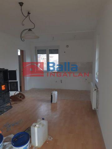 Zsira - Zsira utca:  90 m²-es családi ház   (35'000'000 ,- Ft)