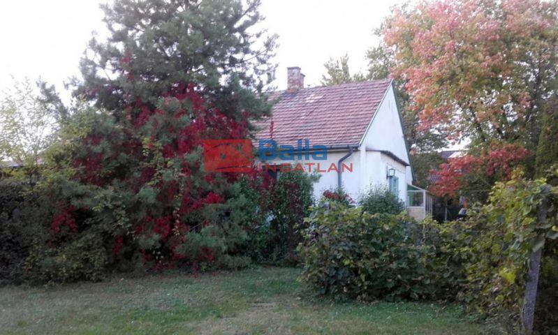Diósd (Központ) - Duna utca közelében:  54 m²-es ikerház   (28'900'000 ,- Ft)