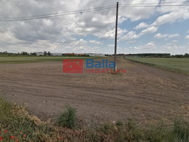 Dabas - Ipari parkban:  0 m²-es mezőgazdasági ingatlan   (19'500'000 ,- Ft)