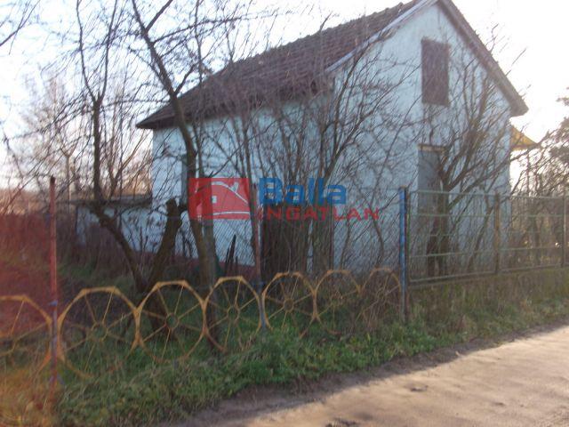 Tiszakécske - Tejház dűlő:  0 m²-es mezőgazdasági ingatlan   (2'500'000 ,- Ft)