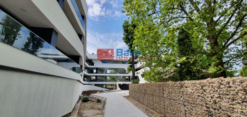 Balatonszemes - Cinka Panna utca:  52 m²-es társasházi lakás   (45'685'000 ,- Ft)