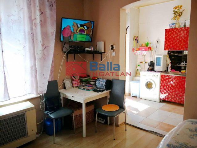 IV. Kerület (Újpest) - Baross utca:  24 m²-es társasházi lakás   (18'500'000 ,- Ft)