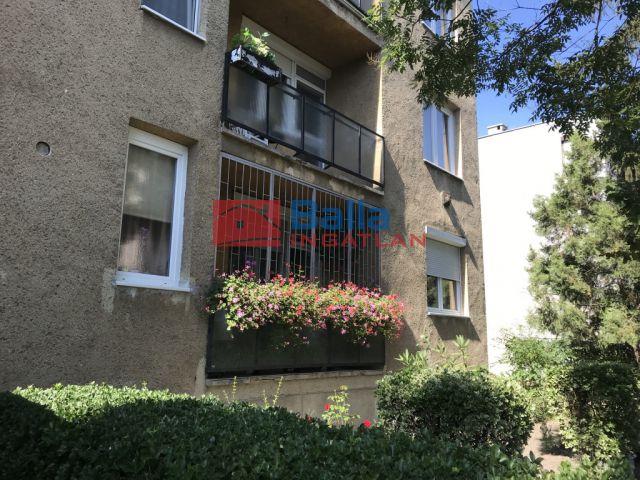 X. Kerület (Óhegy-Kertváros) - Bajcsi kórház közelében lévő utca:  55 m²-es társasházi lakás   (30'700'000 ,- Ft)