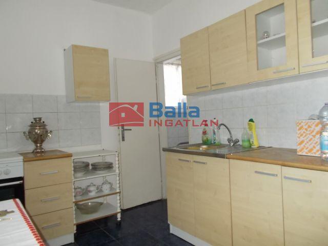 Ózd - Ív út:  53 m²-es társasházi lakás   (6'300'000 ,- Ft)