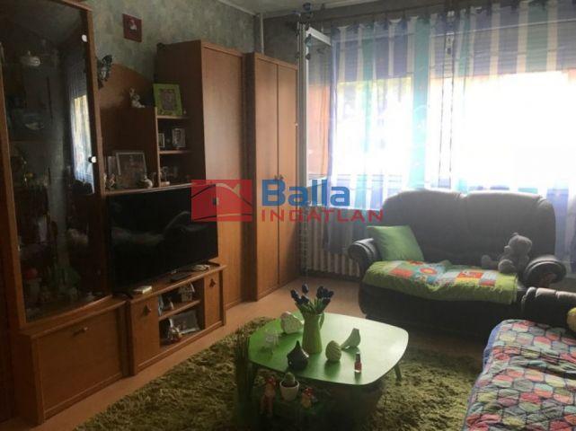 Pécs - Aidinger utca:  63 m²-es társasházi lakás   (18'600'000 ,- Ft)