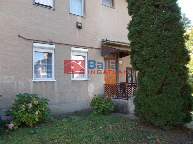 Putnok - Vásártéri út:  54 m²-es társasházi lakás   (4'800'000 ,- Ft)