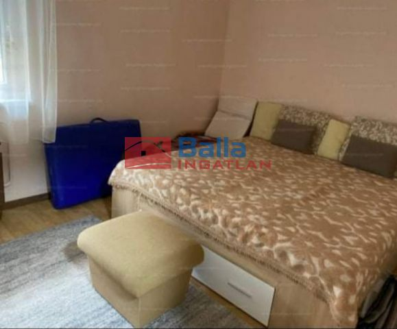 Siófok (Foki-hegy) - Városi utca:  60 m²-es társasházi lakás   (42'000'000 ,- Ft)