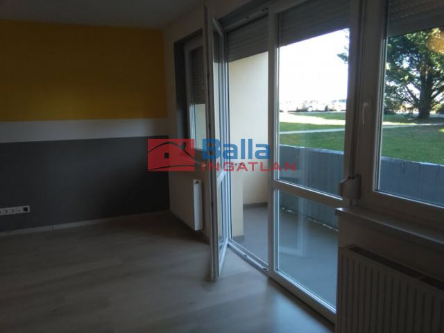 Sopron - Aranyhegy lakópark utca:  51 m²-es társasházi lakás   (450 ,- Ft)