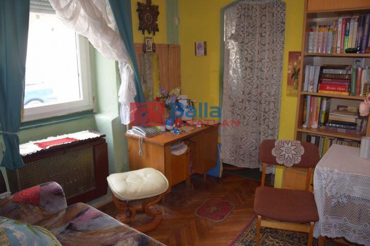 Sopron - Belváros utca:  40 m²-es társasházi lakás   (16'500'000 ,- Ft)