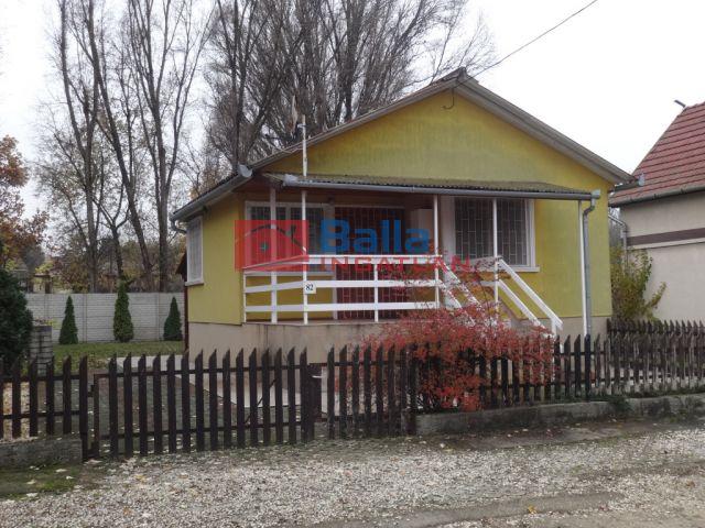 Tiszakécske - Fogoly utca:  40 m²-es üdülő   (9'900'000 ,- Ft)