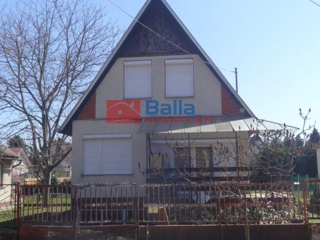 Tiszakécske - Harkály utca:  65 m²-es üdülő   (12'500'000 ,- Ft)