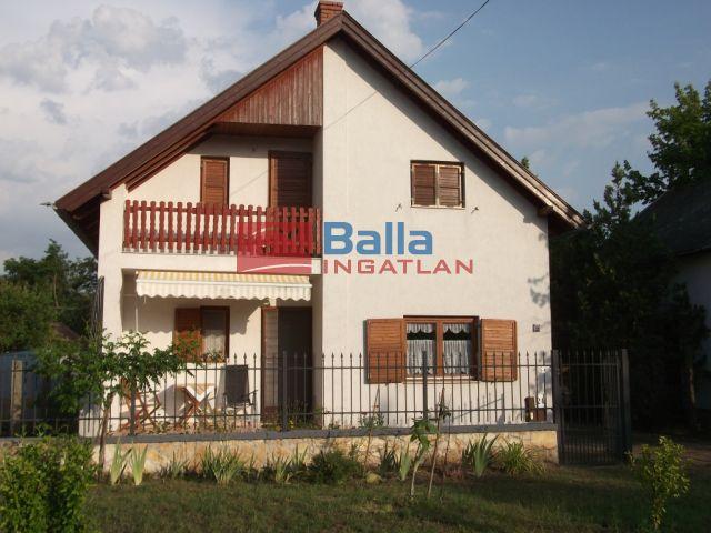 Tiszakécske - Orgona utca:  70 m²-es üdülő   (13'900'000 ,- Ft)